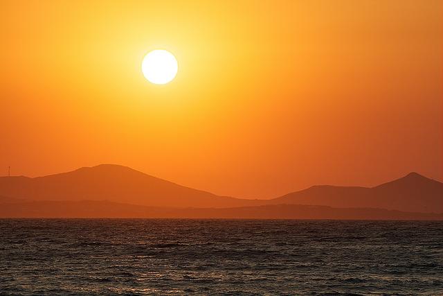 Naxos 01-08-2013